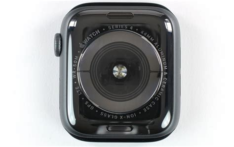 Apple Series 4 Ion X Glass by Apple Met Saffierglas Of Ion X Wat Is Beter