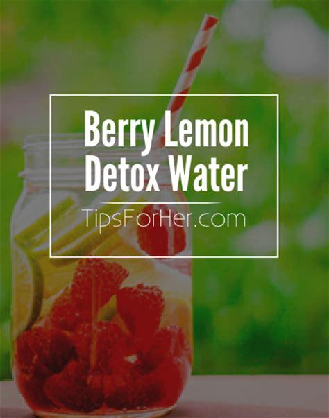Berry Detox Water by Berry Lemon Detox Water