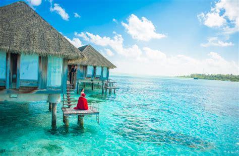 aeromotus    yuneec dealer   republic  maldives aeromotus