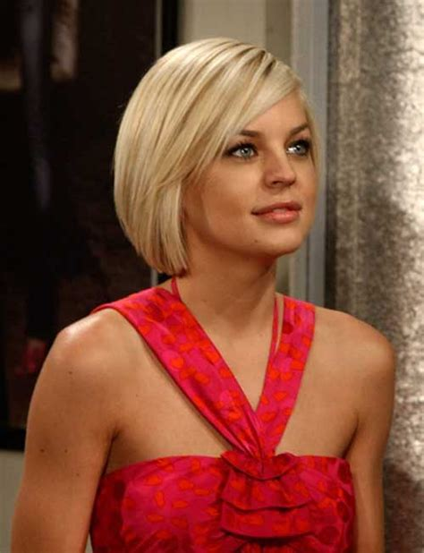 hair i woman s chin sideways lisa farrell straight hairstyles short blonde and blondes