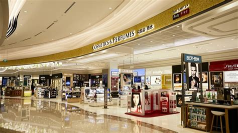 Shop Singapore Lipstick featured store shilla duty free at changi airport inside retail asia
