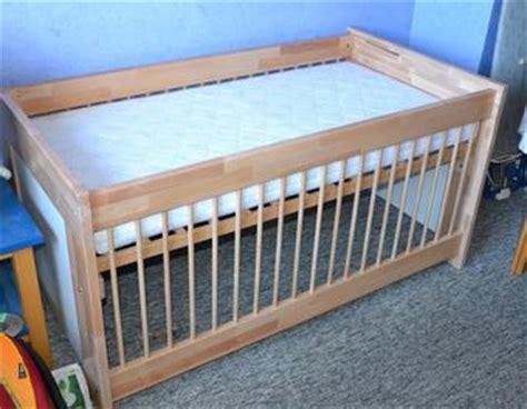 kinderbett haus anleitung babybett bauplan nett babybett selber bauen mit bauplan