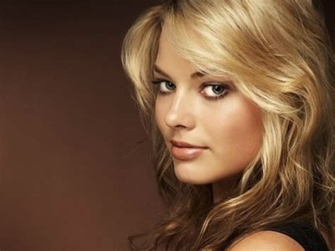 margot robbie headshot who is margot elise robbie kterrl s video favorites