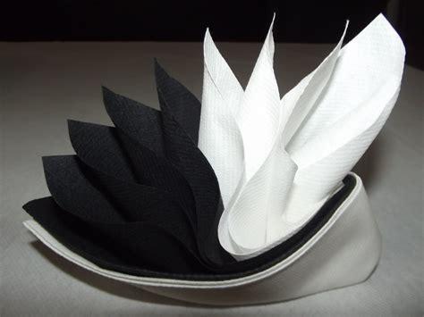 Pliage Serviette En Papillon by Pliage De Serviettes En Papier