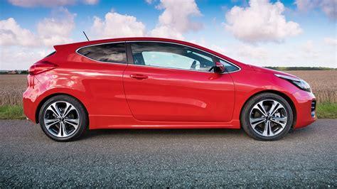Kia Proceed Gt Kia Proceed 1 0 T Gdi Gt Line 2016 Review By Car Magazine