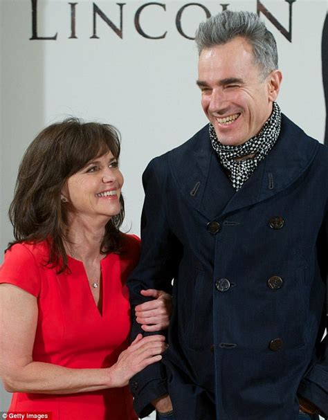 sally field married 2015 lincoln a slim sally field 66 shows off her youthful