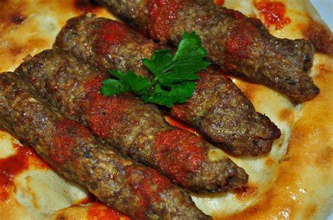 Beyran Orbas Gaziantep Resimli Ve Pratik Nefis Yemek   simit kebabı nasıl yapılır oktay usta resimli pratik