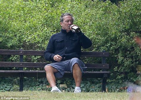 park bench rehab kenny sansom tells jeremy kyle he nearly died after