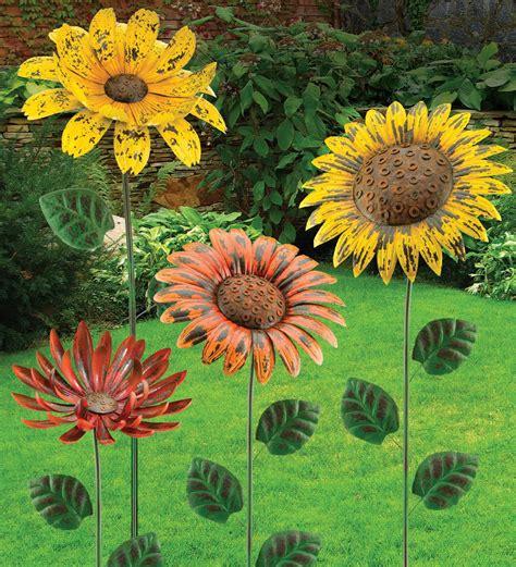 dekoelemente garten rustic flower stakes sunflower marigold