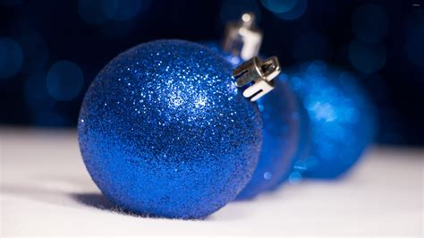 sparkly ornaments sparkly blue ornaments wallpaper