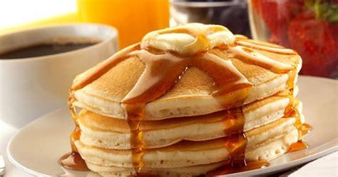 membuat pancake rainbow resep pancake lezat dan cara membuat pancake