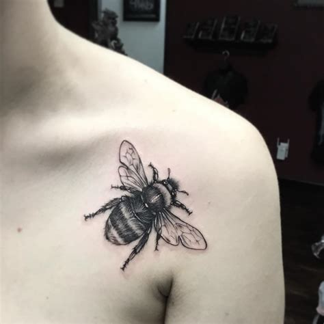 cute bee tattoo venice tattoo art designs