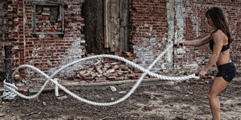 battle ropes an cardio conditioning tool