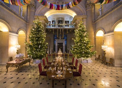 blenheim palace gets ready for christmas dayvisits co uk