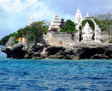 Underwater paradise at Menjangan island ? Bali