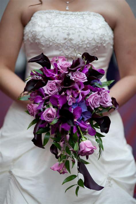 purple flower wedding bouquet photos purple bridal bouquet