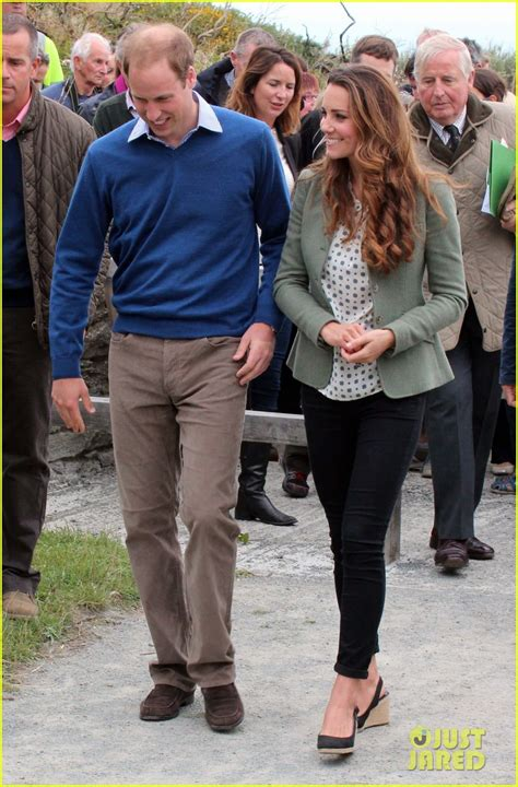 kate middleton and prince william at marathon pictures full sized photo of kate middleton post baby appearance