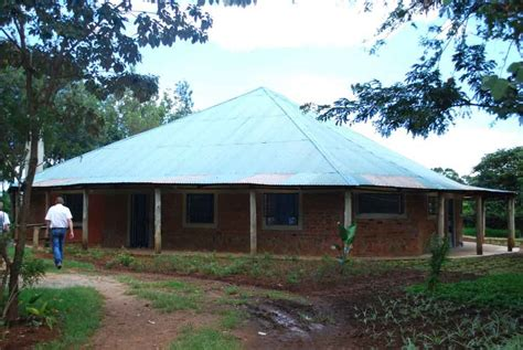 lewa childrens home kip keino school and baraka farm
