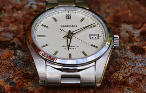 Them Watches: SEIKO SARB035   It doesn't impress anybody.