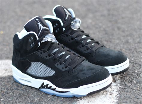 Air V Oreo air 5 quot oreo quot arriving at retailers sneakernews