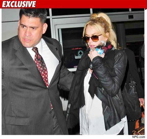 Lindsay Lohans Bodyguard Blasts Parents by Lindsay Lohan And Mj The Bodyguard Connection Tmz