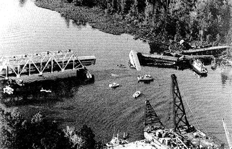 boat crash near skyway amtrak s most catastrophic train accidents abcactionnews