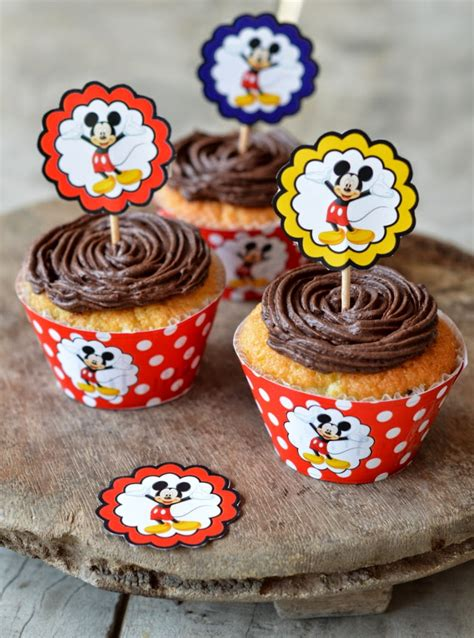 Oven Kue 40 Mickey Mouse 4 sweet n savoury mickey mouse cupcakes