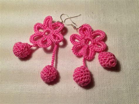 fiori fatti a uncinetto orecchini margherite fiori flowers pendenti fatti a mano