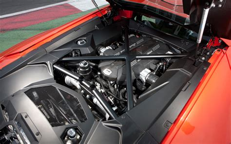Who Makes Lamborghini Engines 2012 Lamborghini Aventador Lp 700 4 Engine Photo 6