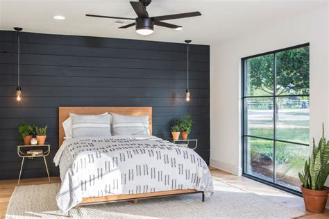 fixer upper ceiling fan photos hgtv s fixer upper with chip and joanna gaines hgtv