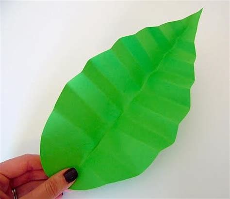 How To Make Paper Leaves For Flowers - how to make paper flowers