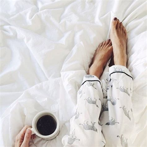 Coffee In Bed by Best 25 Coffee In Bed Ideas On