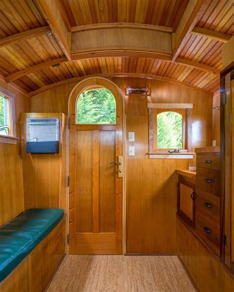 gypsy wagon shows   gorgeous woodworking skills