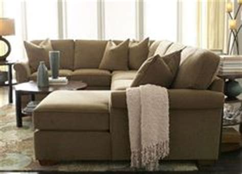 havertys piedmont sectional living room furniture amalfi sectional living room