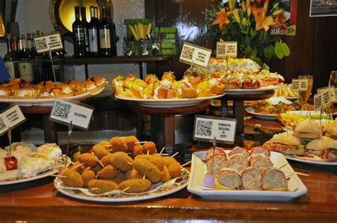 Friendly Kitchen pintxos calamares and chipirones and all the beauties of