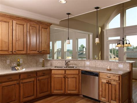 Kitchen Paint Ideas With Maple Cabinets Maple Kitchen Cabinets With Color Schemes Kitchen Paint Colors Painting Kitchen