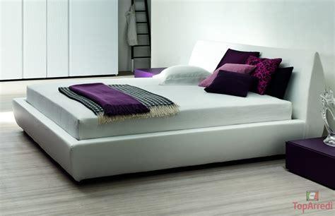 a letto letto imbottito tody