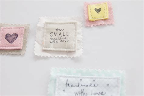 Handmade Label - 4 ways to make your own clothing labels with hpx360 see