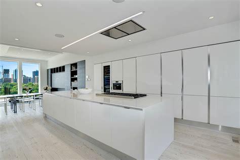 Quartz Countertops Maryland by White Quartz Deal Of 2016 38 Sf Beautiful Quartz Kitchens And Bathrooms In Virginia Marblex