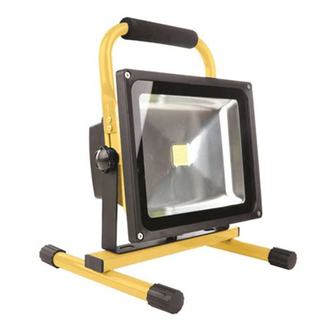 led reflektorle led reflektor whitenergy přenosn 253 30w 2400lm ip65 6000k