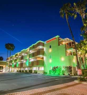 Creature Comforts Pet Resort Huntington Beach Hotels Resorts Motels Rv Parks