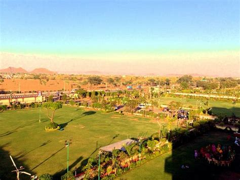 Chandra Mahal Garden Agra Road, Jaipur   Wedding Lawn