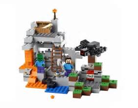 minecraft s two scale lego sets are unveiled