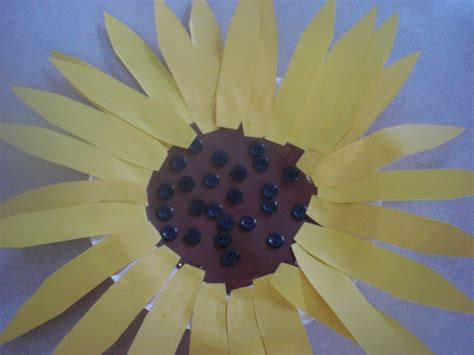 Paper Plate Sunflower Craft - sunflower crafts