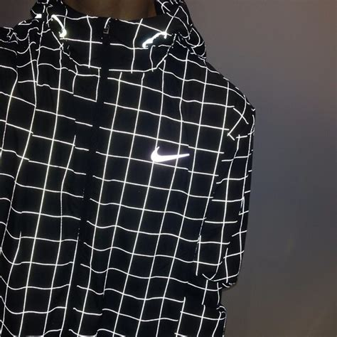 grid pattern nike jacket nwt 200 men s nike checkered flash reflective xs running