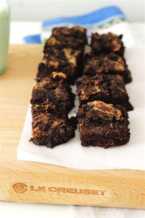 Brownies Oreo Motif Batik Almond vegan chocolate almond butter protein brownies peaceful dumpling
