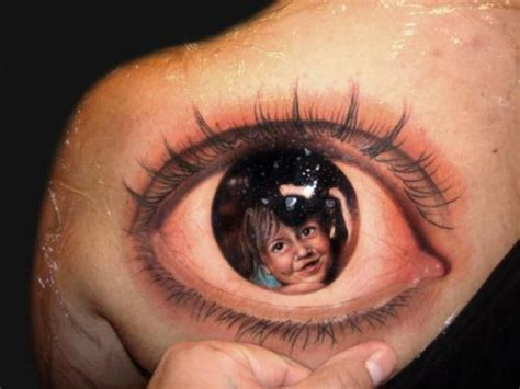 dynamo tattoo eye trick 25 optical illusion tattoos that will melt your brain