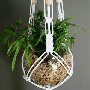 Diy Patio Bed Diy Macrame Plant Hanger Patterns Best Home Design Ideas