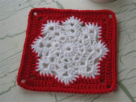 Pattern For Snowflake Granny Square | crochet snowflake afghan square
