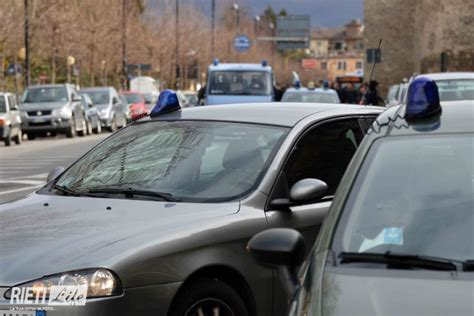 cotral mobile trasporta banconote false viaggiando in cotral arrestato